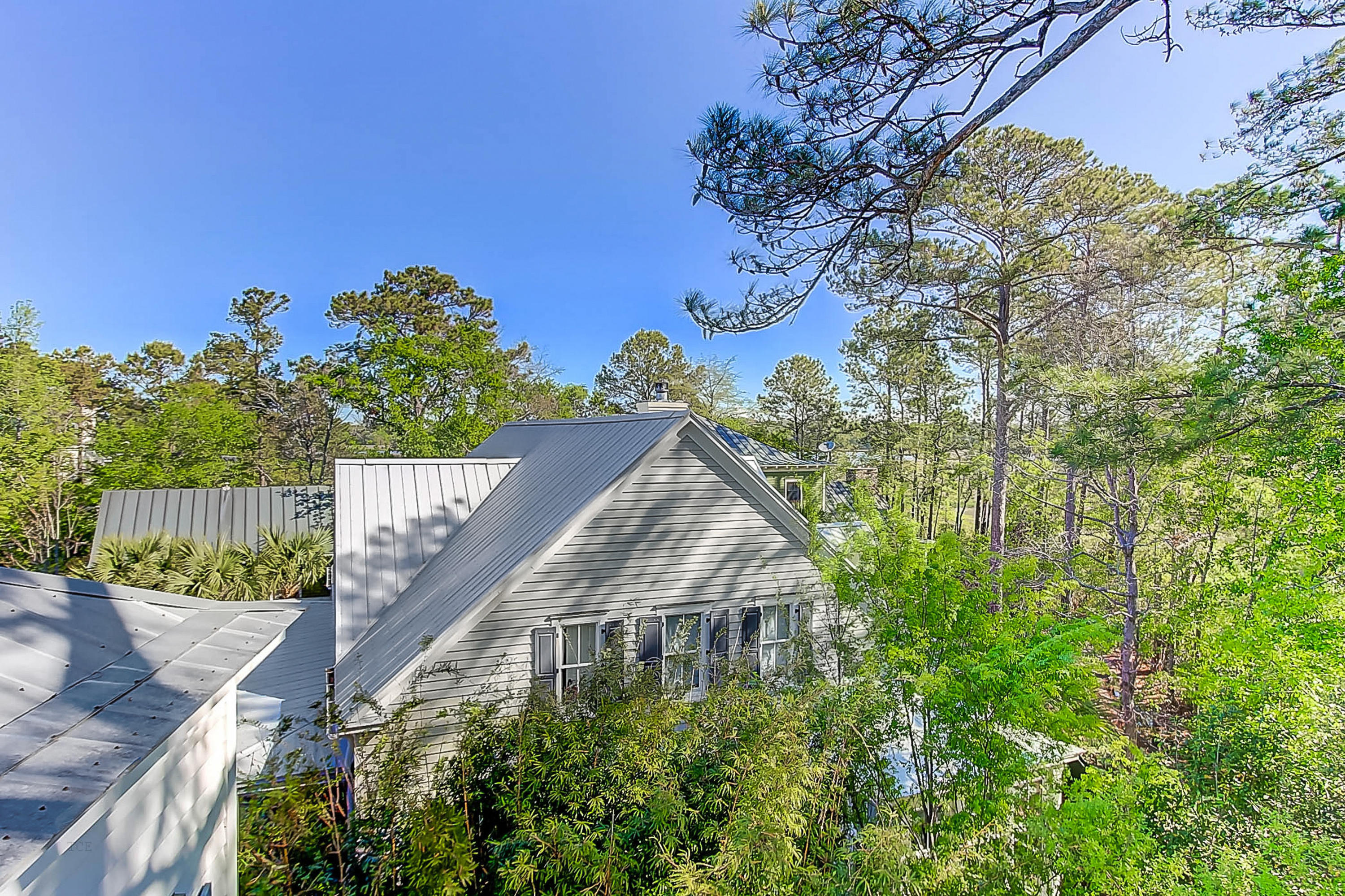 Photo of 30 Hopetown Rd, Mt Pleasant, SC 29464