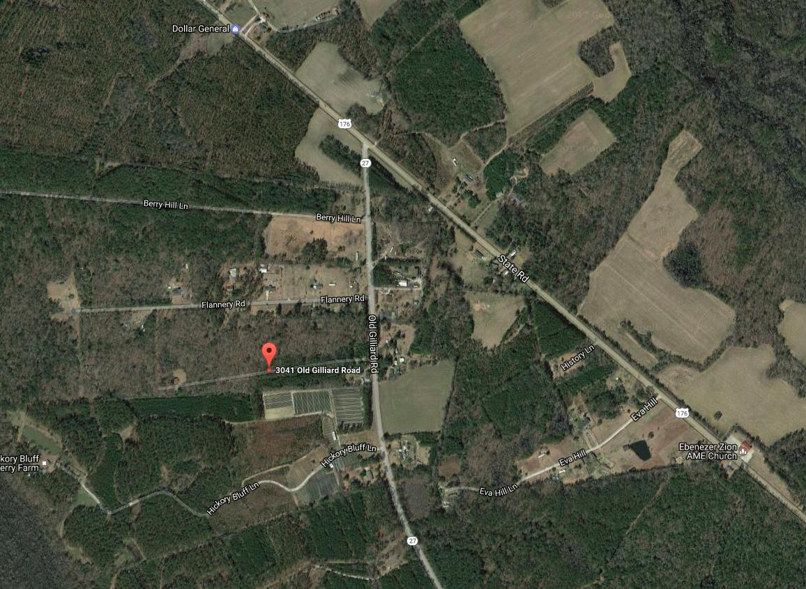 Photo of 3041 Old Gilliard Rd, Holly Hill, SC 29059
