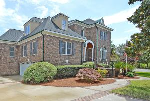 696 Hobcaw Bluff Drive, Mount Pleasant, SC 29464