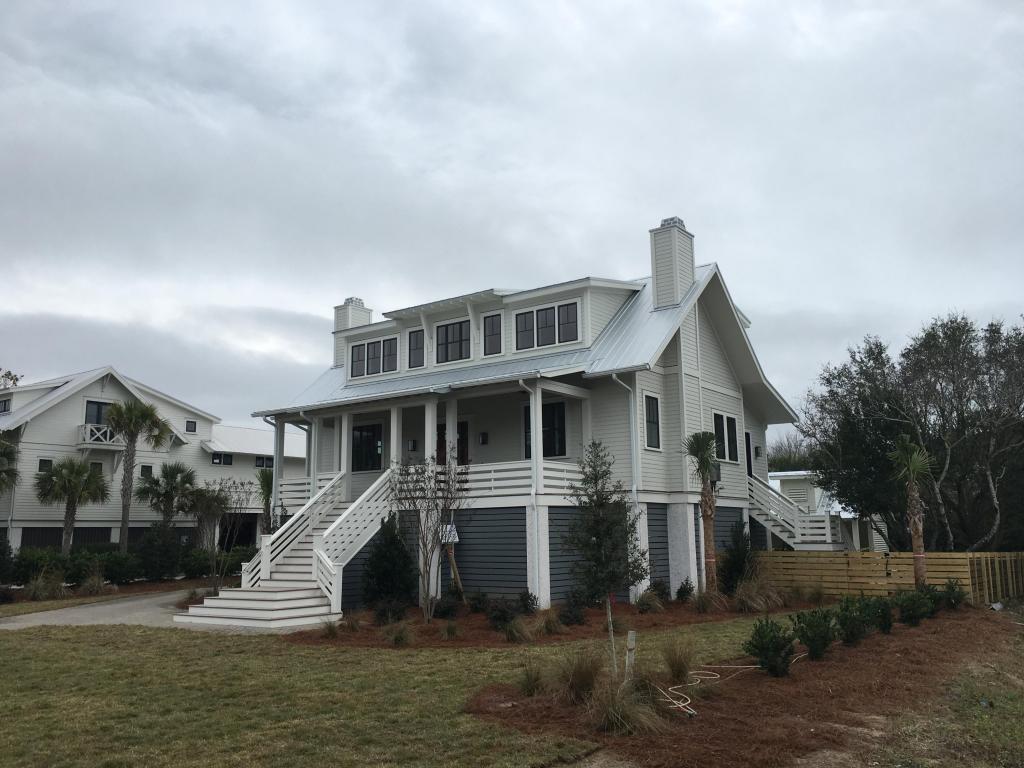 Photo of 3021 Middle St, Sullivan's Island, SC 29482