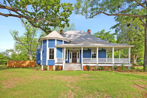 300 Quaker Road, Saint George, SC 29477