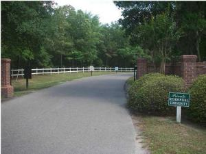 1984 Long Creek Road, Wadmalaw Island, SC 29487