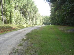 6082 Beaver Dam Rd., Adams Run, SC 29426