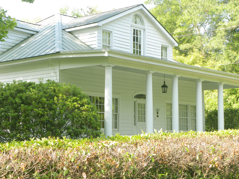 Photo of 102 Webb St, Walterboro, SC 29488