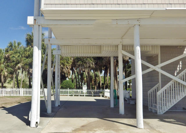 Photo of 511 Palmetto Blvd, Edisto Island, SC 29438
