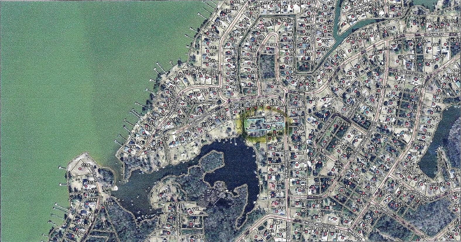 Photo of 219 Lake Moultrie Dr, Bonneau, SC 29431