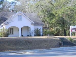 383 Carolina, Varnville, SC 29944