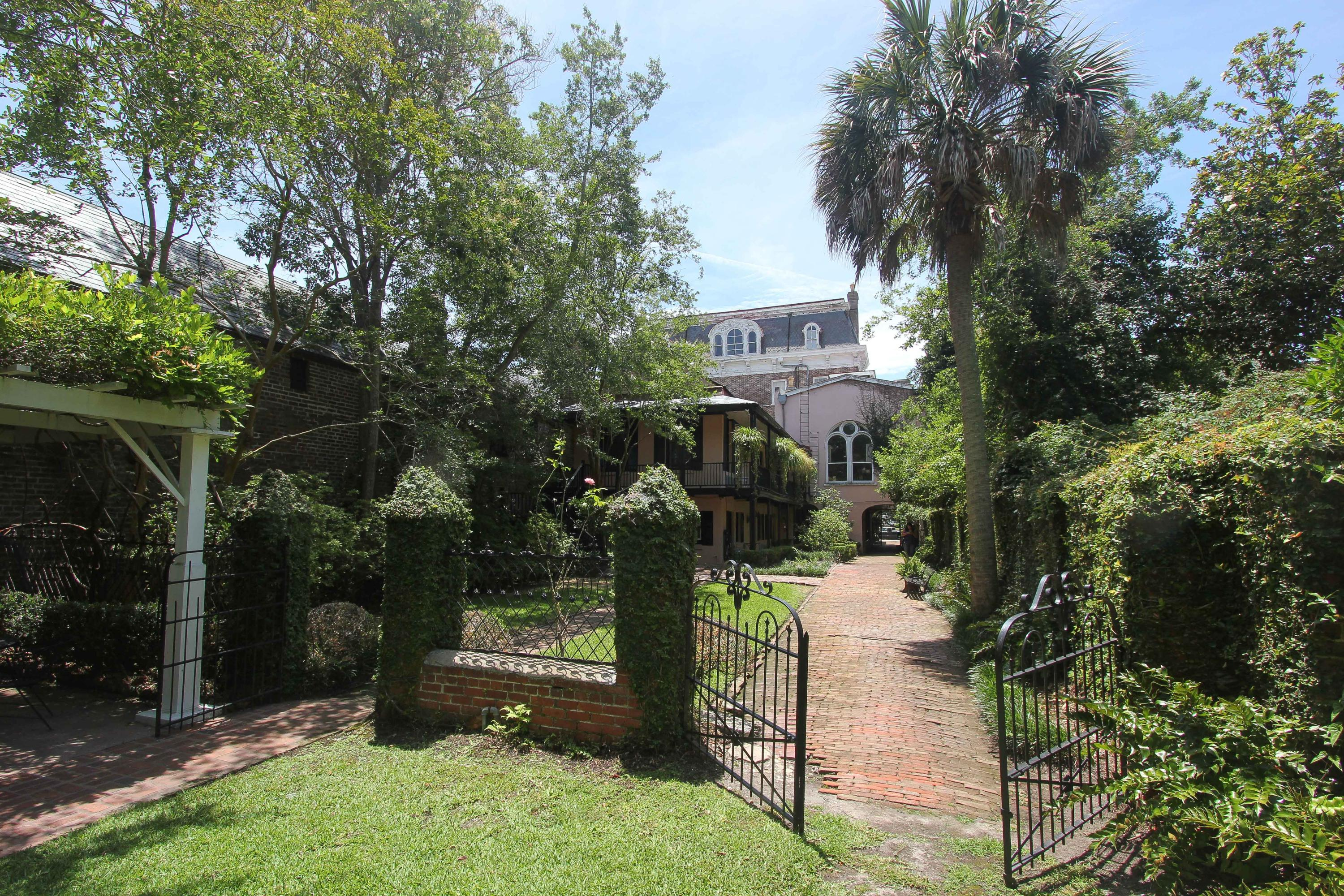 Home for sale 20 Battery , South Of Broad, Downtown Charleston, SC