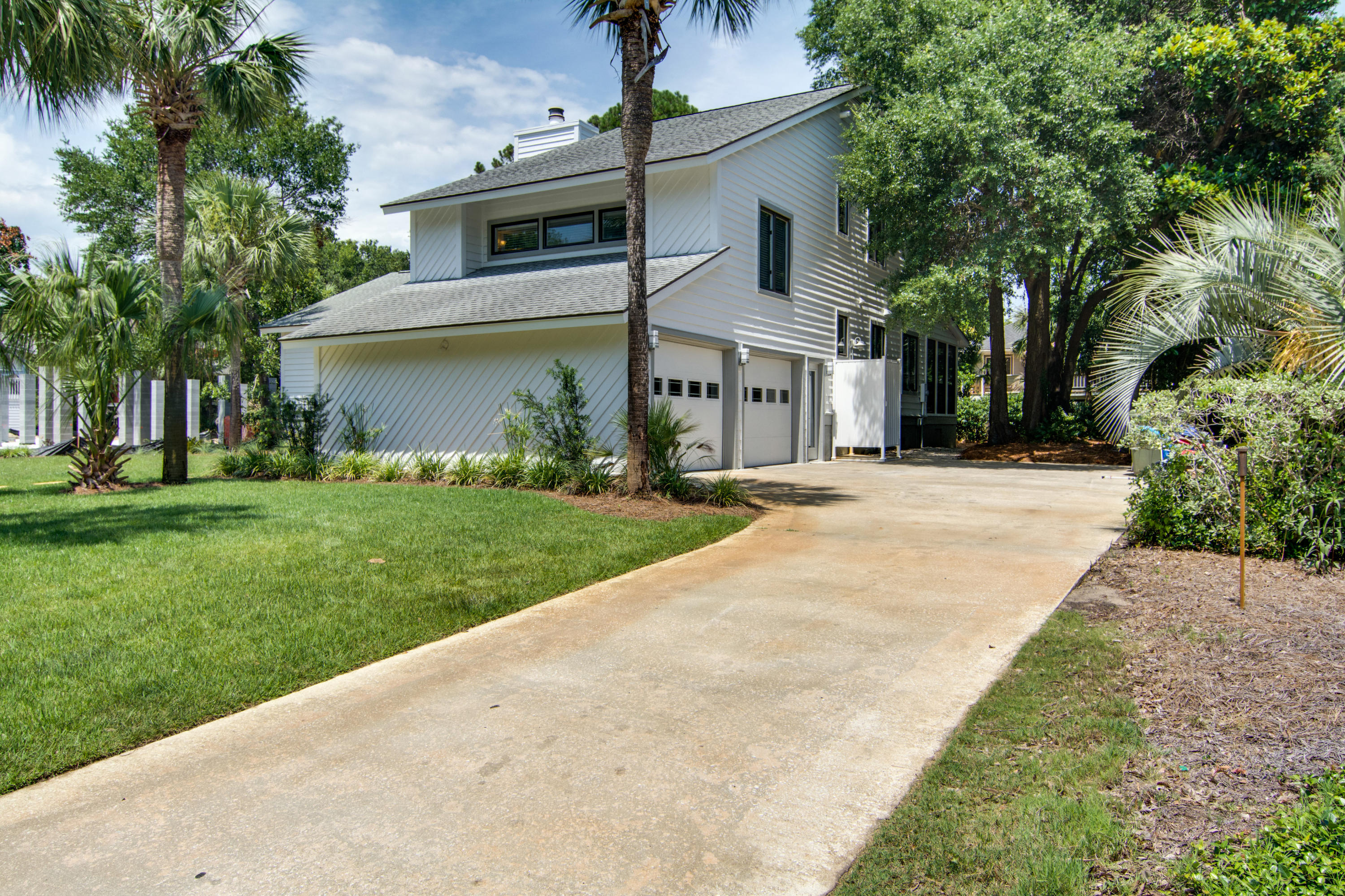 Photo of 20 42nd Ave, Isle of Palms, SC 29451