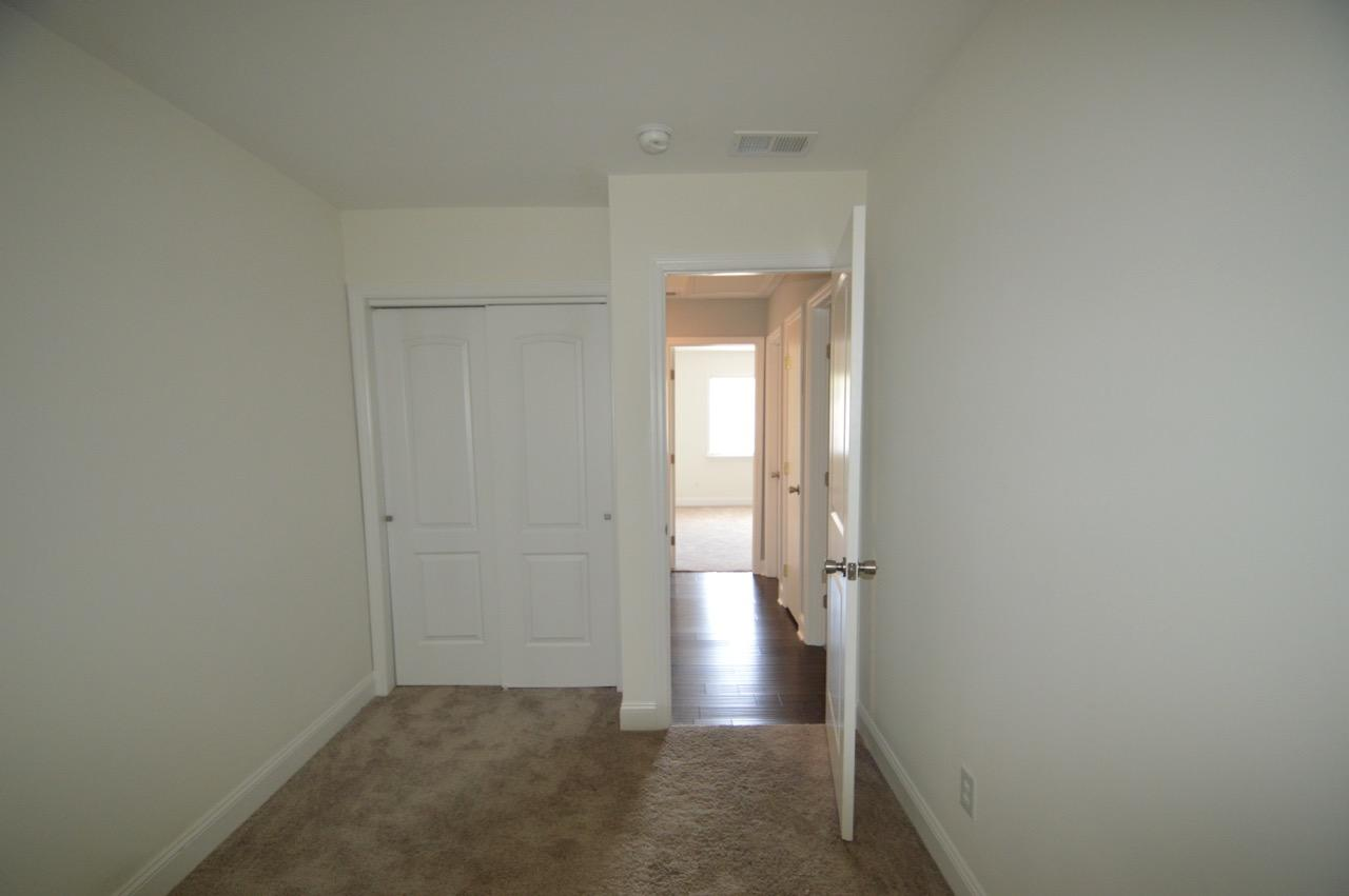 Photo of 216 Grove St, Charleston, SC 29403