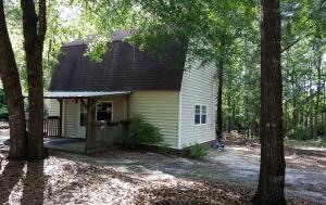 1627 Goslin Pond Road, Summerton, SC 29148