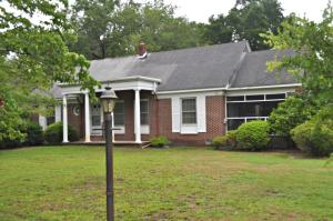Photo of 1027 Lakeview Drive, The Groves, Mount Pleasant, South Carolina
