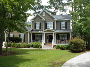 Photo of 1824 S James Gregarie Rd, Park West, Mount Pleasant, South Carolina