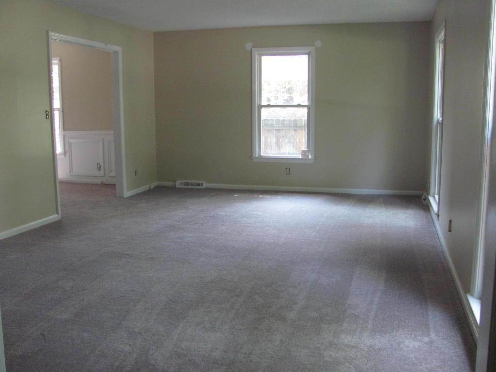 Kings Grant Homes For Sale - 102 Foxcroft, Summerville, SC - 5
