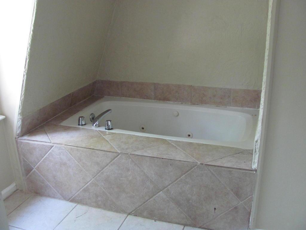 Kings Grant Homes For Sale - 102 Foxcroft, Summerville, SC - 12