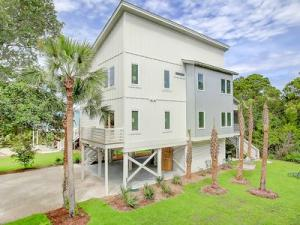 Property for sale at 508 Huron East Avenue, Folly Beach,  SC 29439