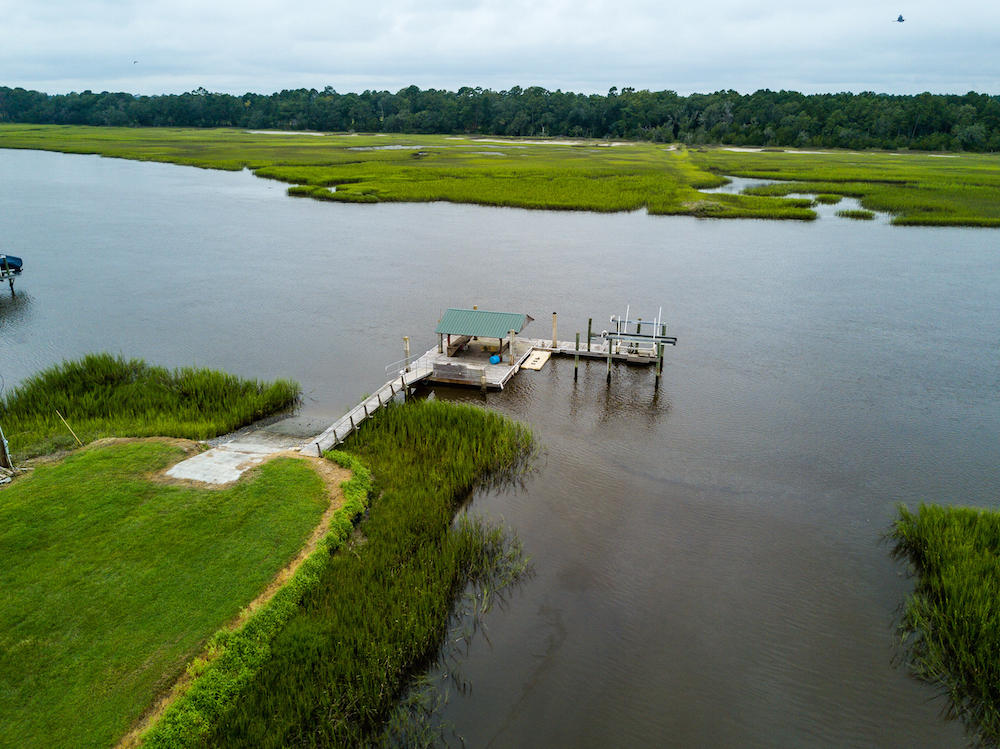 Photo of 2592 Bohicket Rd, Johns Island, SC 29455