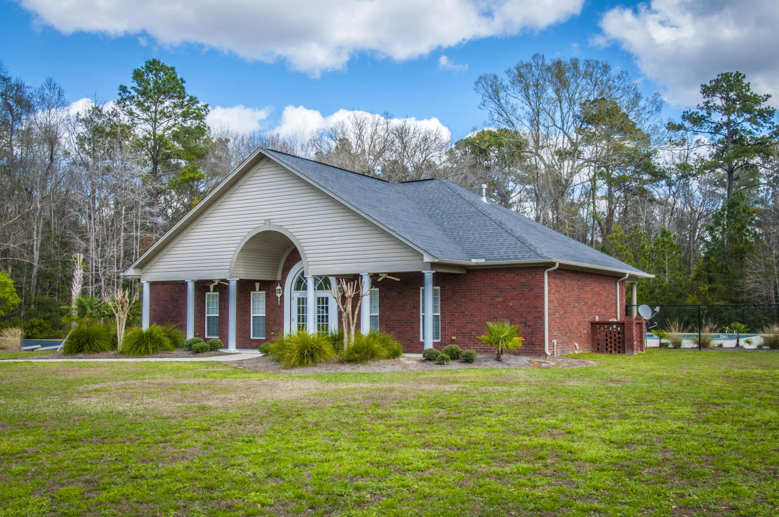 Photo of 5426 Clearview Dr, North Charleston, SC 29420