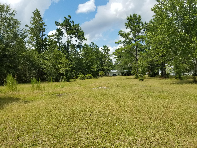 Photo of 613 Bart Bellamy Ln, Cottageville, SC 29435
