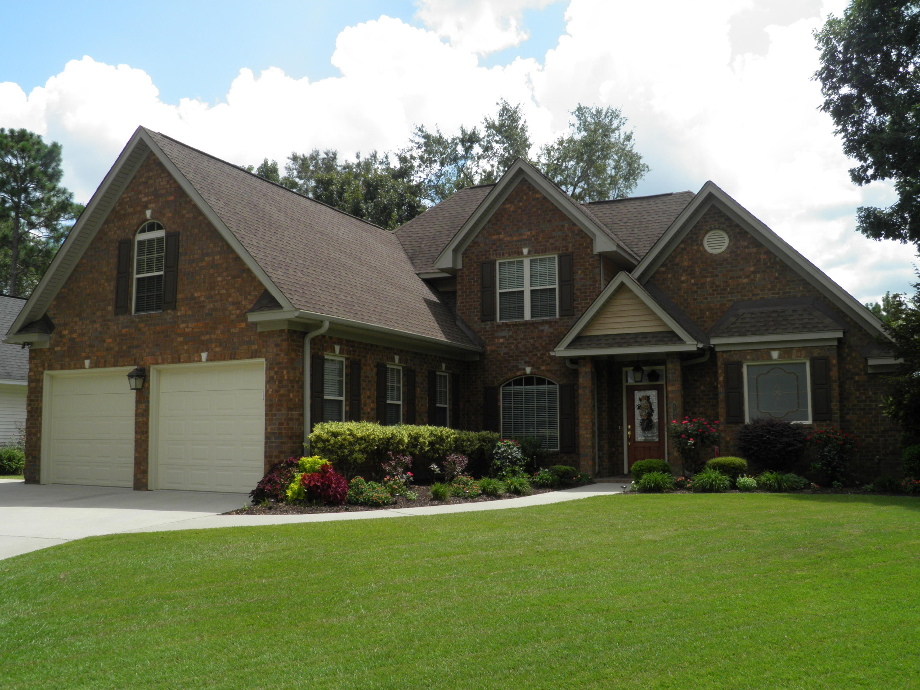 Photo of 107 Sutton Ln, Goose Creek, SC 29445