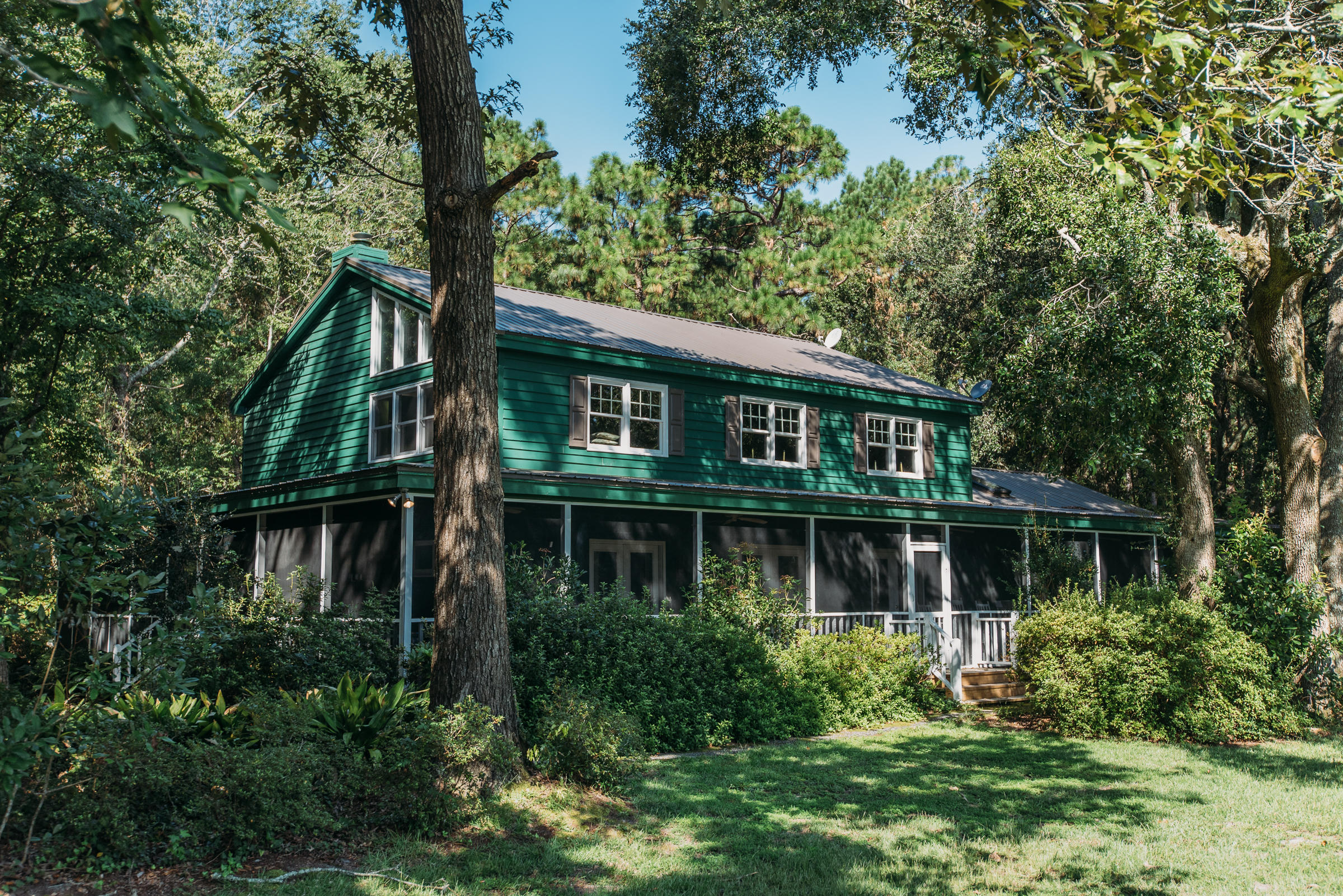 Photo of 1131 Wando Rd, Charleston, SC 29492