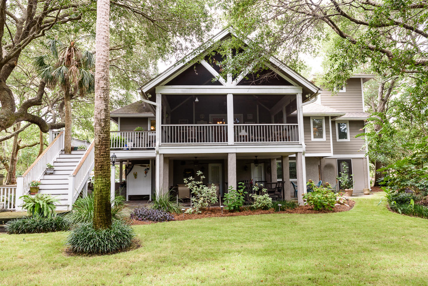 Photo of 14 43rd Ave, Isle of Palms, SC 29451