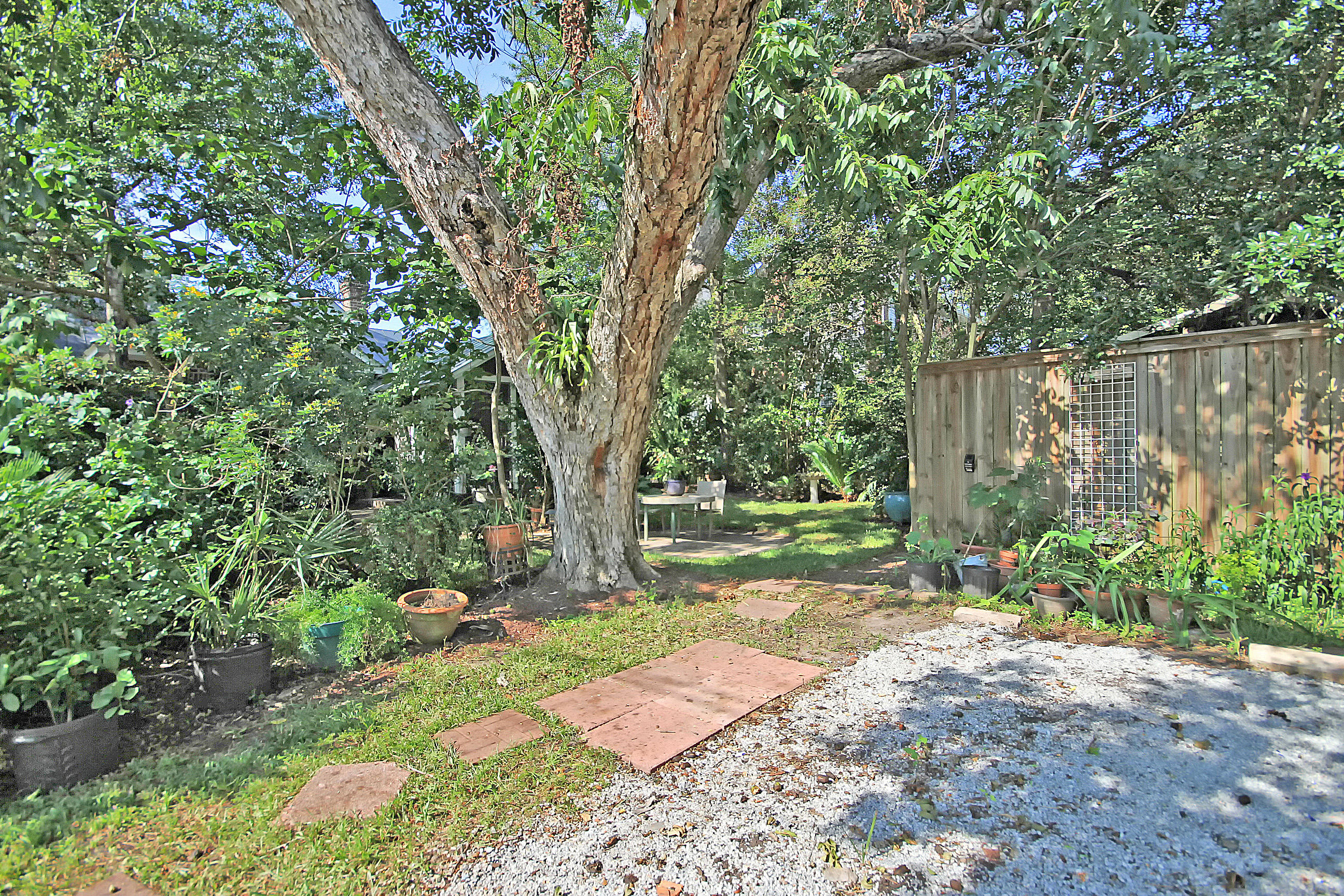 Photo of 55 Folly Rd Blvd, Charleston, SC 29407