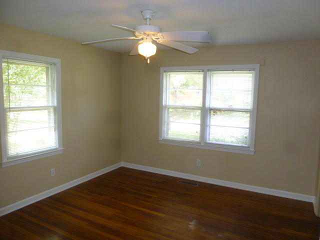 Photo of 296 Oxford Rd, Ladson, SC 29456