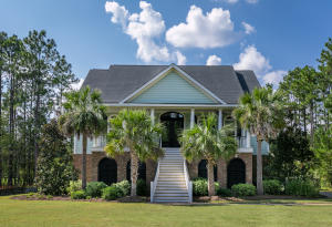 Property for sale at 107 Pine Valley Drive, Summerville,  SC 29483