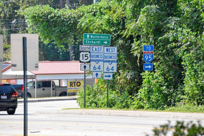 Photo of 784 N Jefferies Blvd, Walterboro, SC 29488