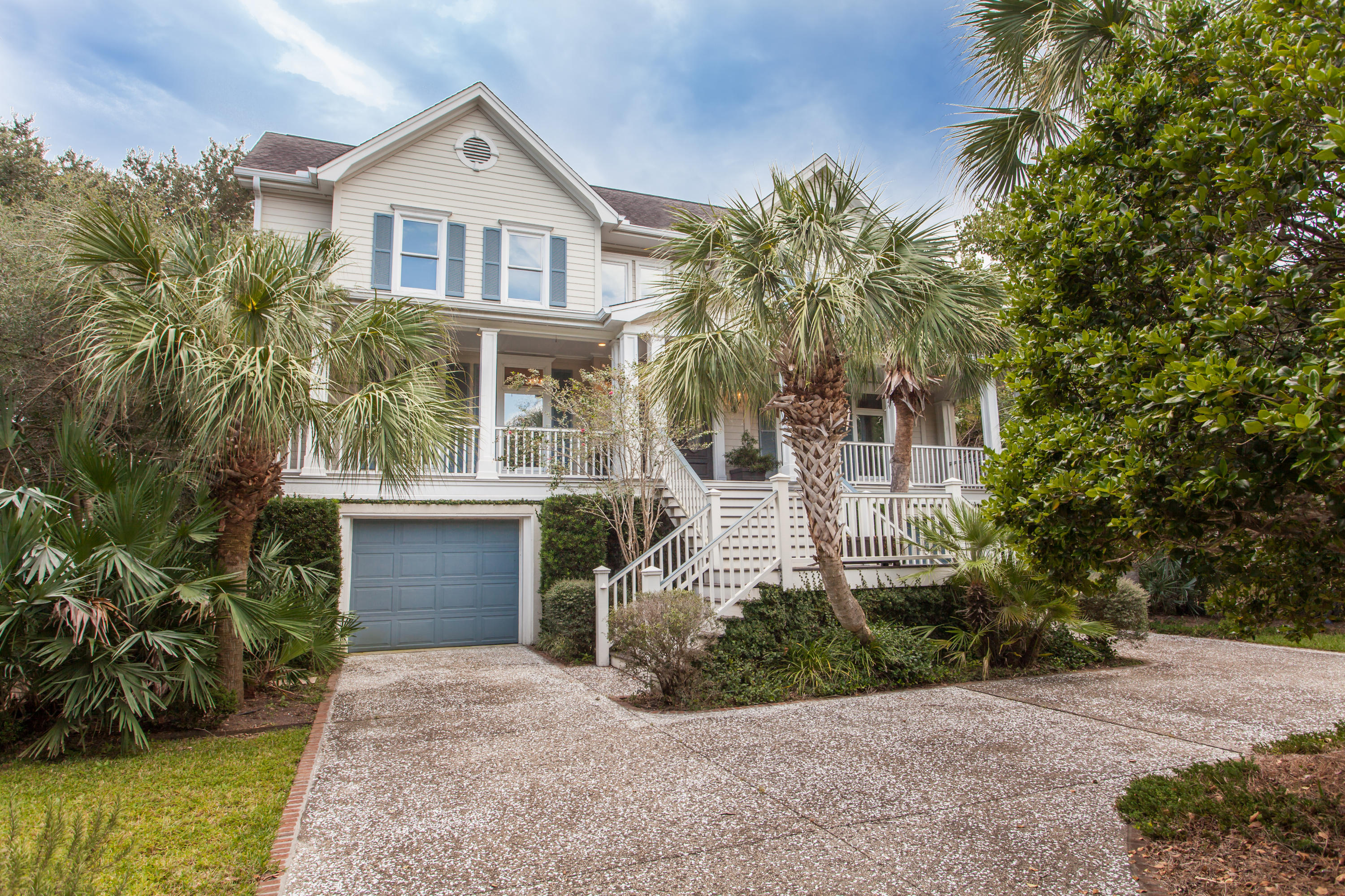 Photo of 76 On the Harbor Dr, Mt Pleasant, SC 29464