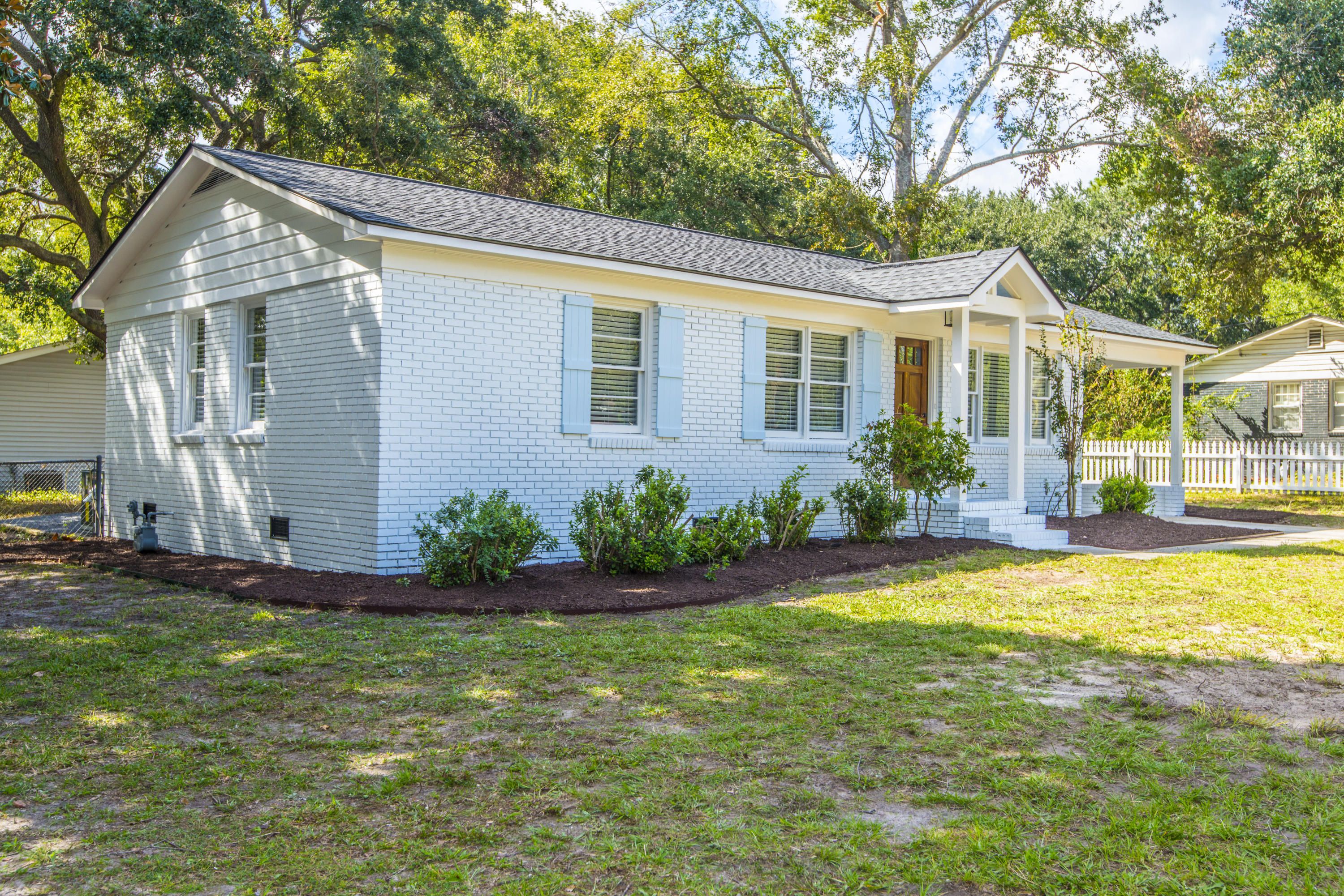 West Glow Homes For Sale - 1125 Crull, Charleston, SC - 1