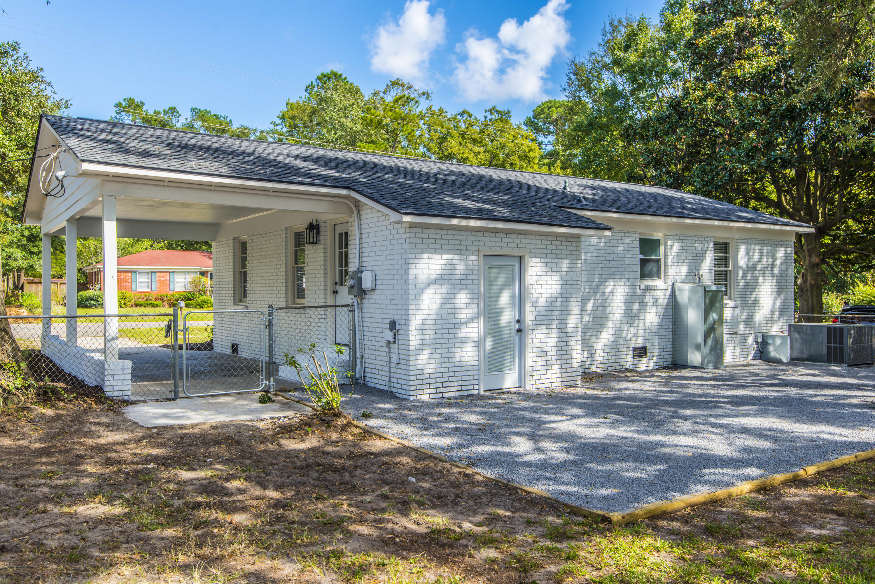 West Glow Homes For Sale - 1125 Crull, Charleston, SC - 29