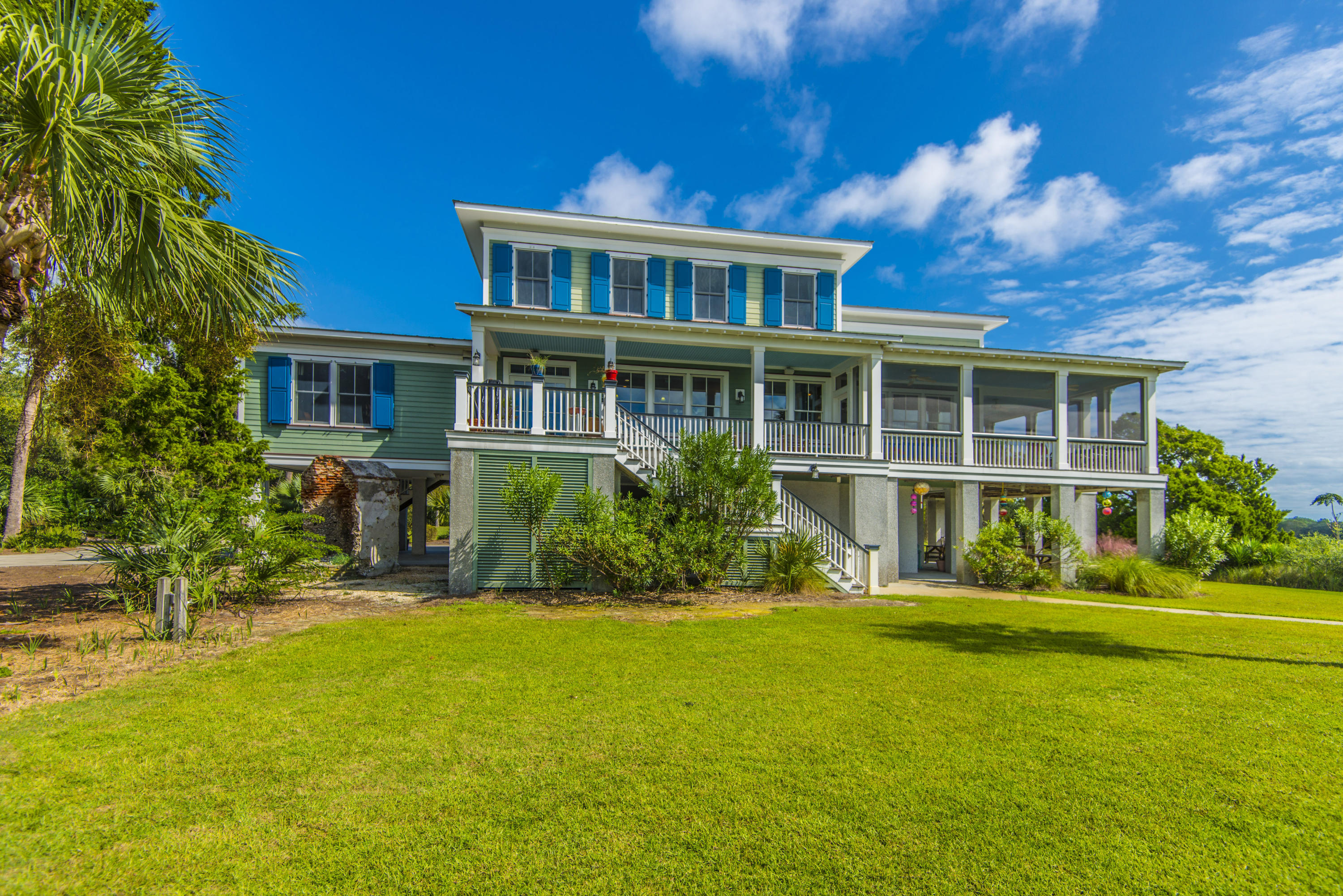 Photo of 8526 Oyster Factory Rd, Edisto Island, SC 29438