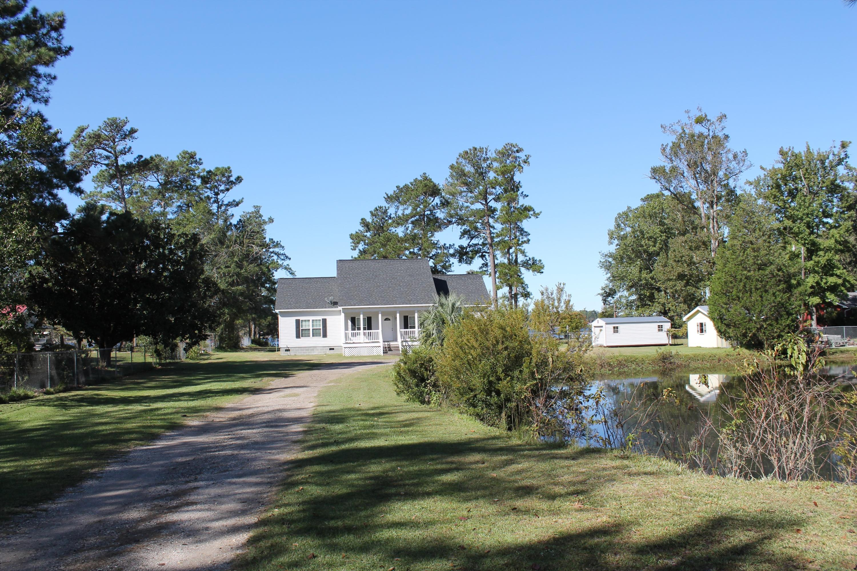 Photo of 1535 Little John Rd, Manning, SC 29102