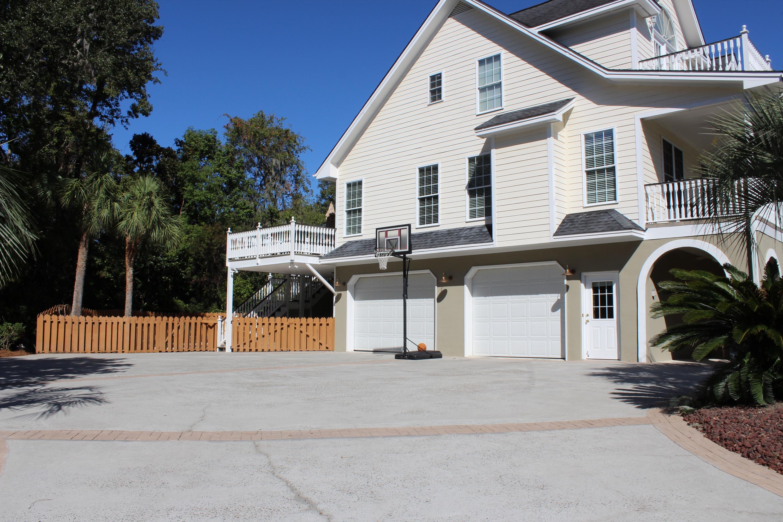Photo of 4400 Stoney Poynt Ct, North Charleston, SC 29405