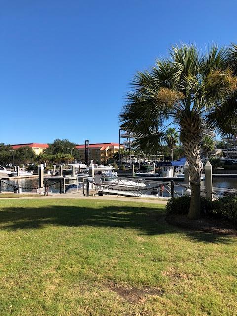 Photo of 23 Transom Ct, Charleston, SC 29407