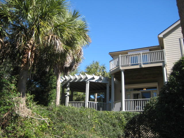 Photo of 7 Marsh Point Ln, Isle of Palms, SC 29451