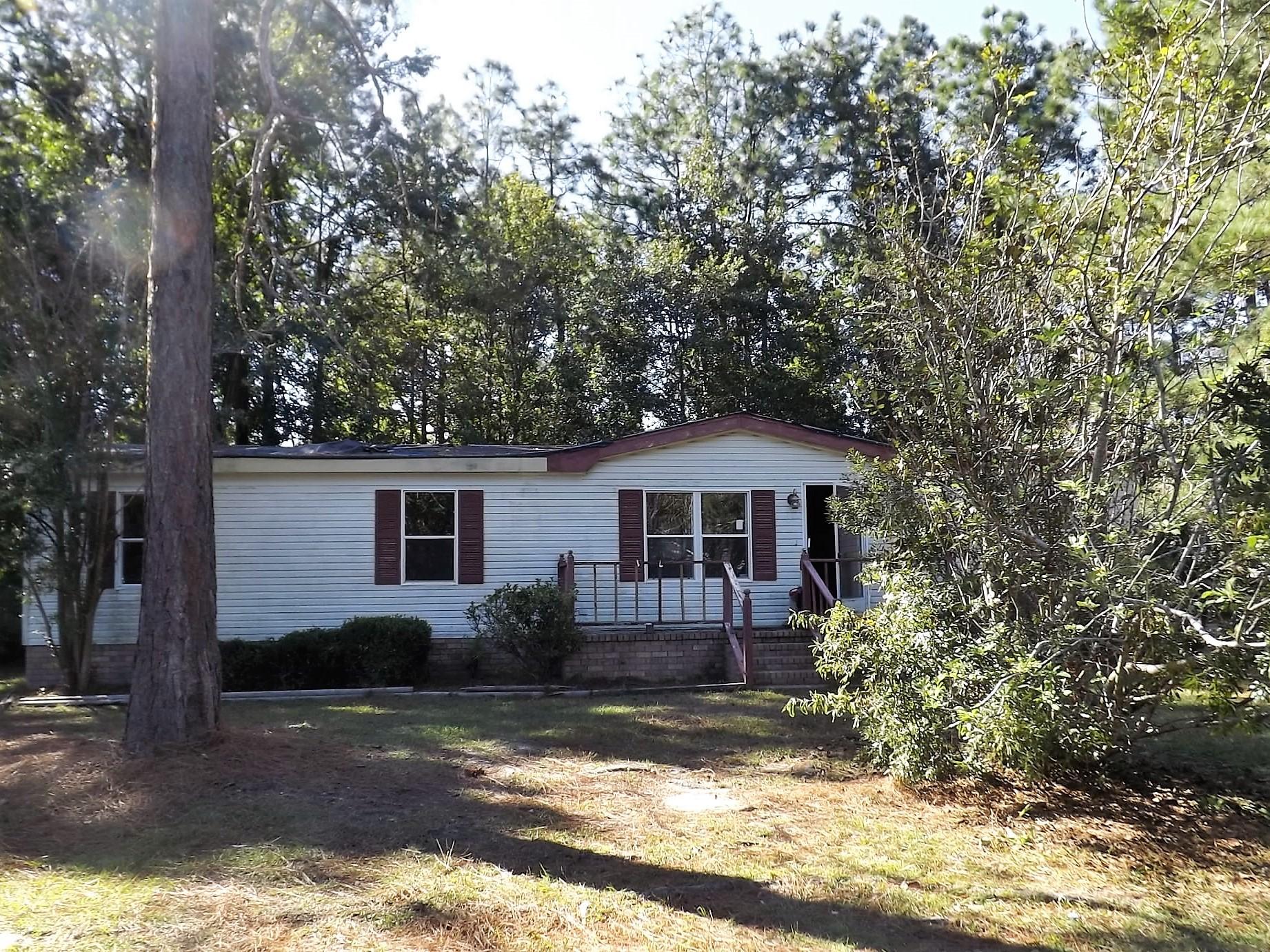 Photo of 131 Blackberry Ln, Summerville, SC 29483