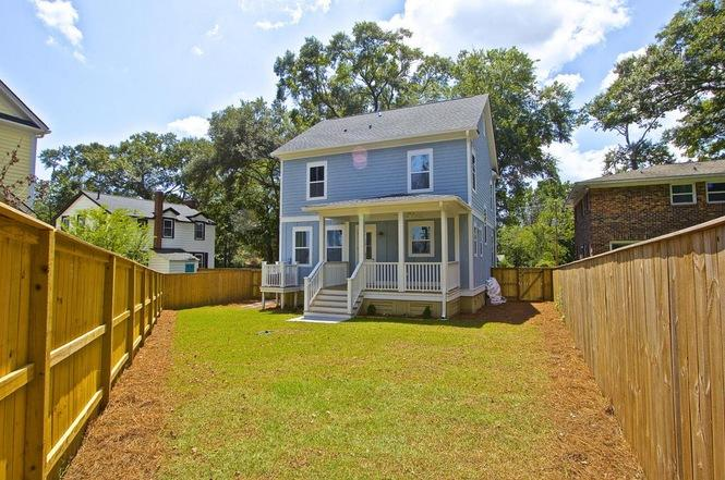 Photo of 1086 Buist