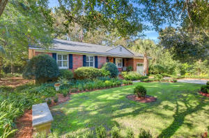 Photo of 967 Cottingham Drive, Cooper Estates, Mount Pleasant, South Carolina