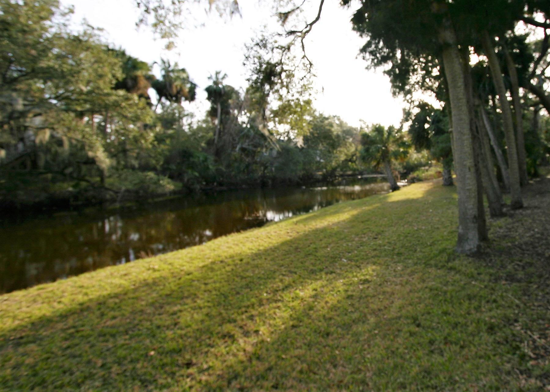 Photo of 1202 Jungle Rd, Edisto Island, SC 29438