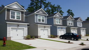 Home for Sale Lamplighter Lane, Townhomes At Berkeley Commons, Goose Creek, SC