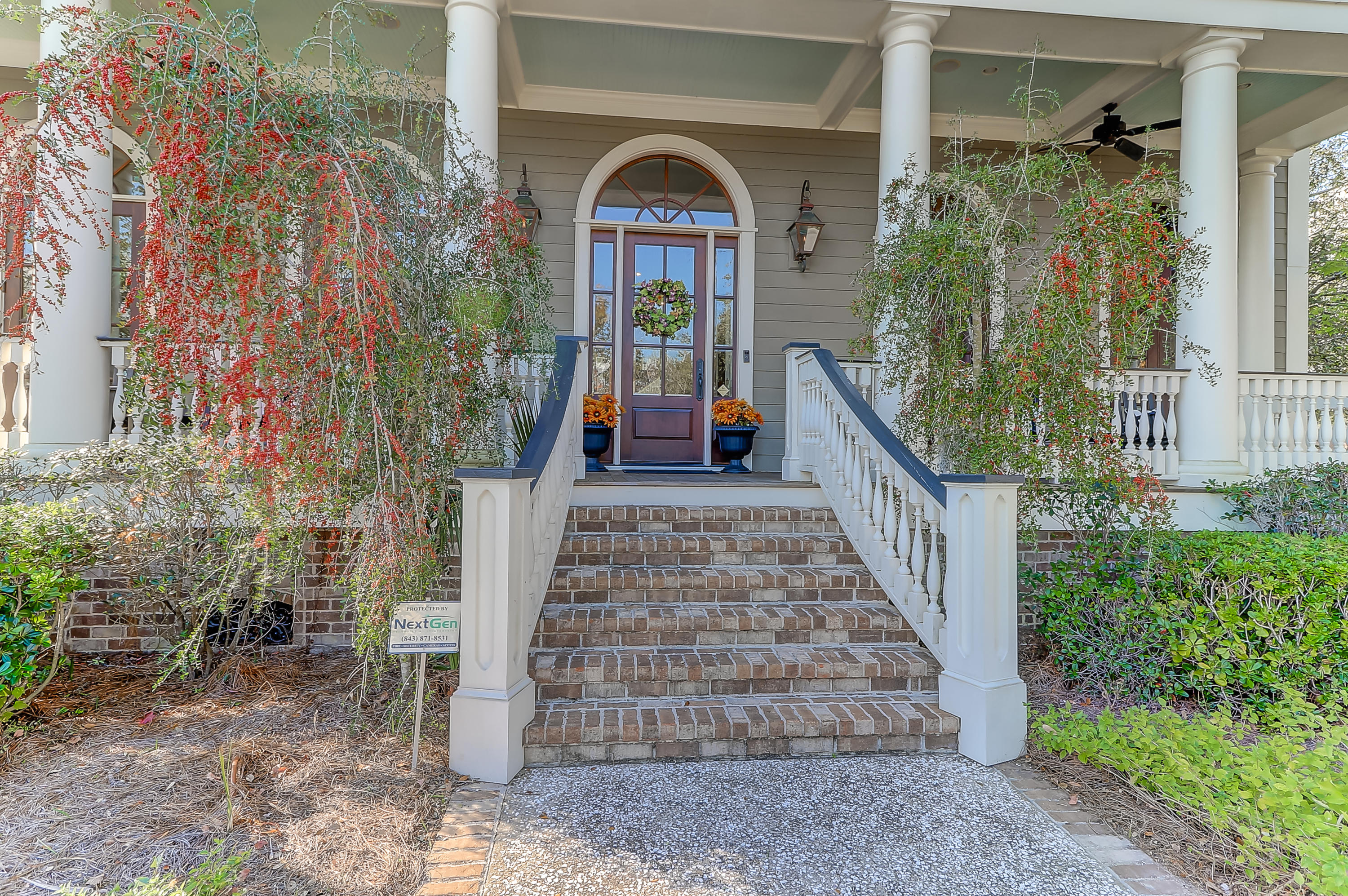 Photo of 107 Balfour Dr, Charleston, SC 29492