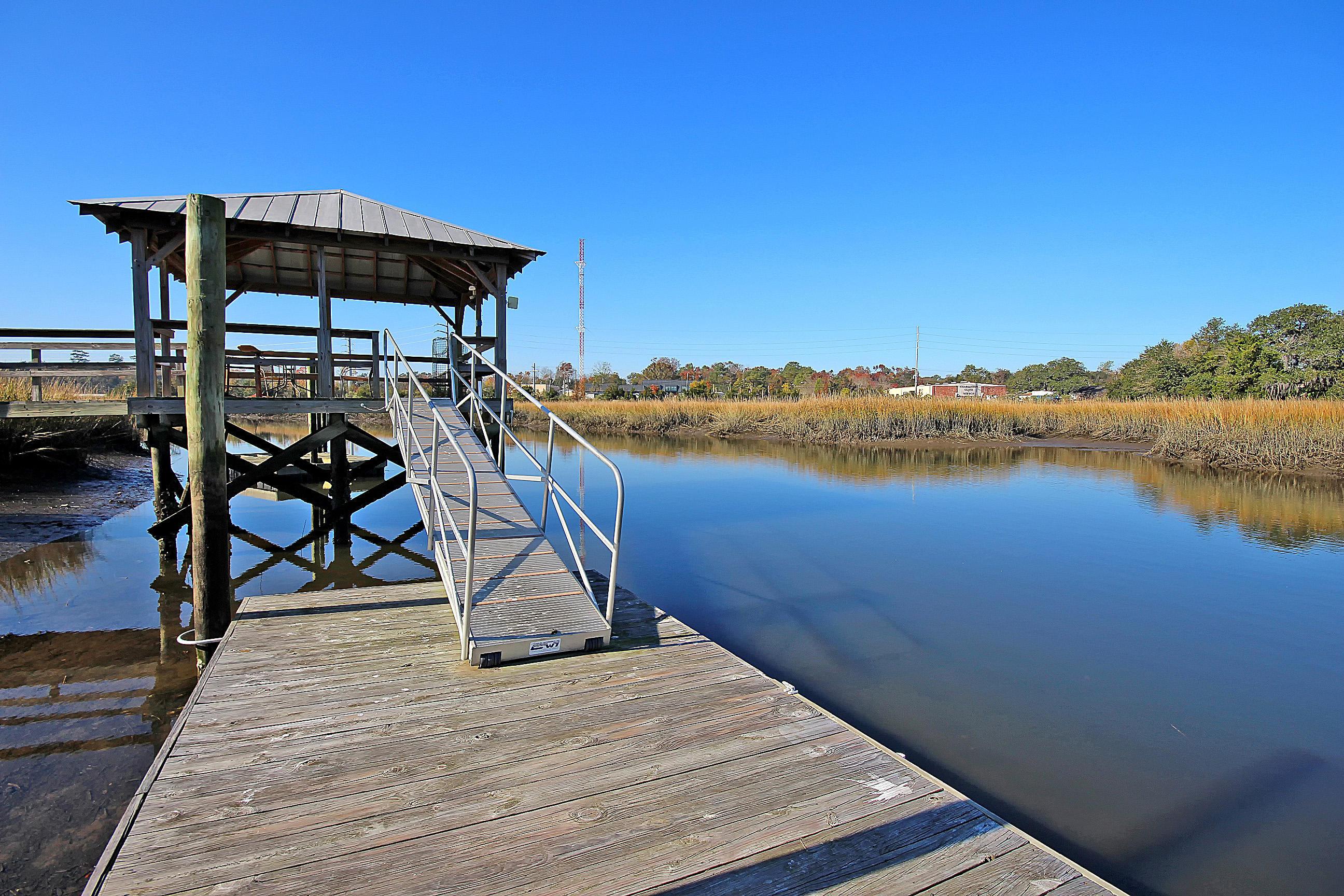 Photo of 1039 Hunley Waters Cir, North Charleston, SC 29405