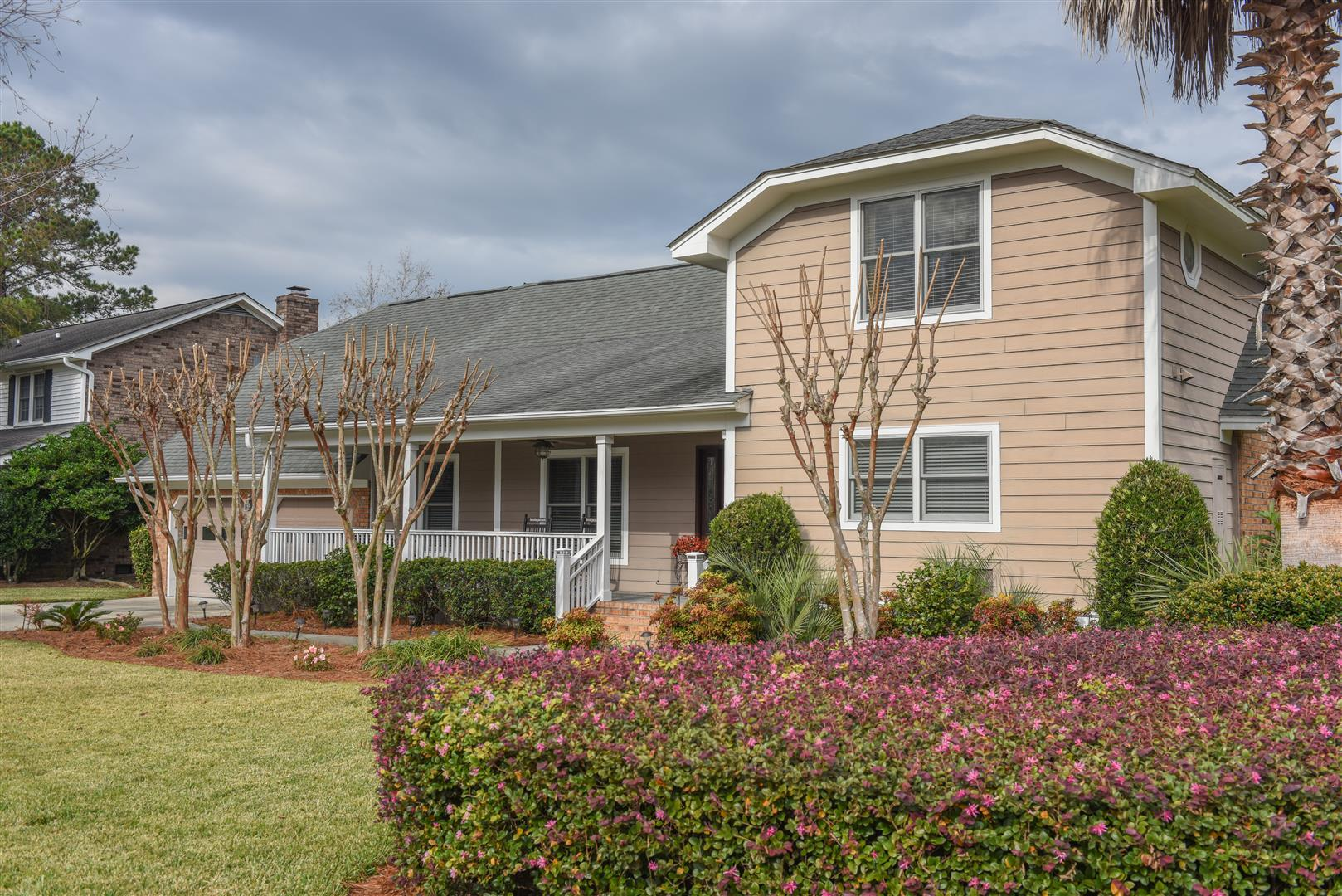 Photo of 2 Avon Ct, Charleston, SC 29407