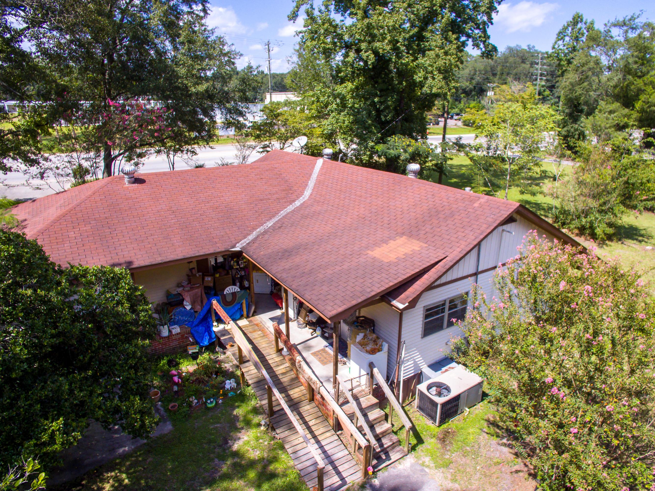 Photo of 2129 N Main St, Summerville, SC 29483