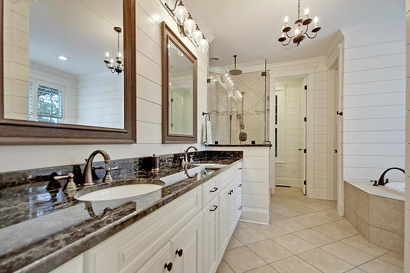 Photo of 554 Parrot Point Dr, Charleston, SC 29412