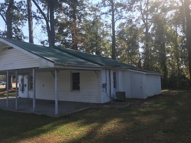 Photo of 166 S Railroad Ave, Harleyville, SC 29448