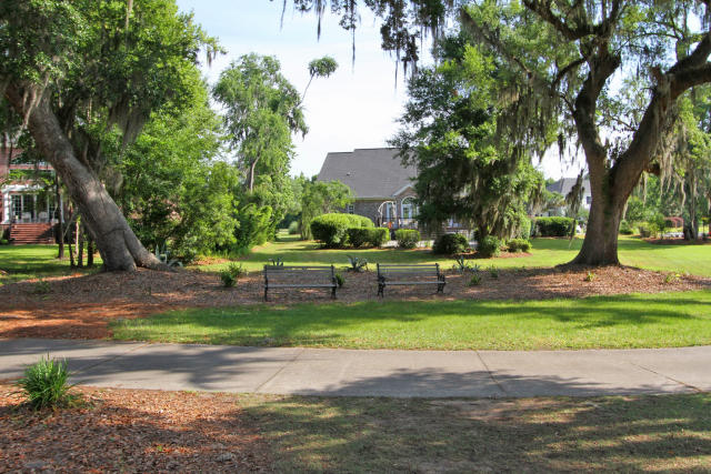 Photo of 4222 Club Course Dr, North Charleston, SC 29420